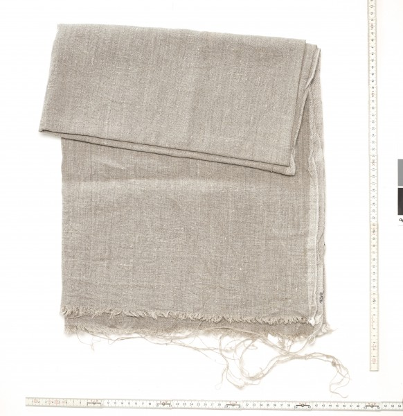 Stoff Tischdecke grobes Leinen beige, used, ausgefranst an langer Kante, L 140 cm x B 118 cm