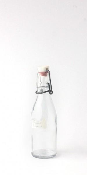 Bügelflasche klein Glas Deckel Plastik rotes Gummi 0,2 L