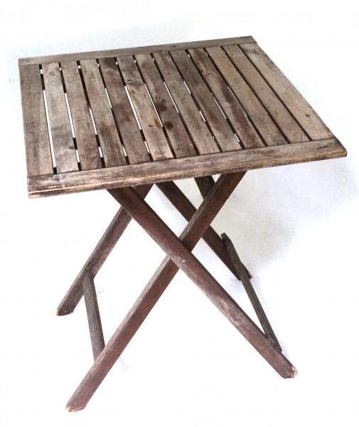 L x B ca. 60 x 60 cm H ca. 73,5 cm kleiner Tisch Untergrund Gartentisch, used, Holz, braun