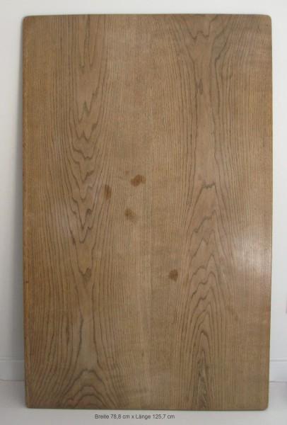 L125,8 x B78,8 x H 2 cm Untergrund Holzplatte