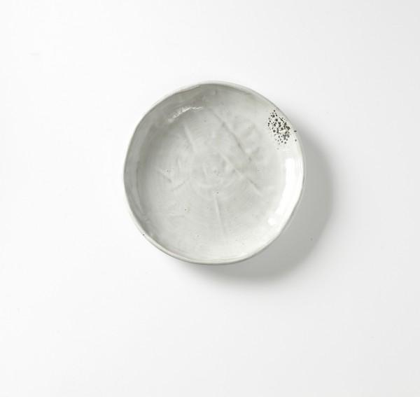 Teller ø 20 cm hellgrau Steingut hochgezogener Rand