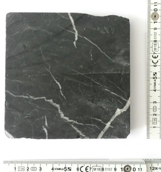 Fliese 10 x 10 cm Bruchkante Mamor schwarz weiß