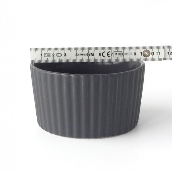 Auflaufform Soufflé ø 10cm H 5,5 cm rund Keramik schwarz, gerillter Rand