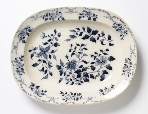 Teller Platte 34 x 27 cm, blau weiß Blumenmuster, antik