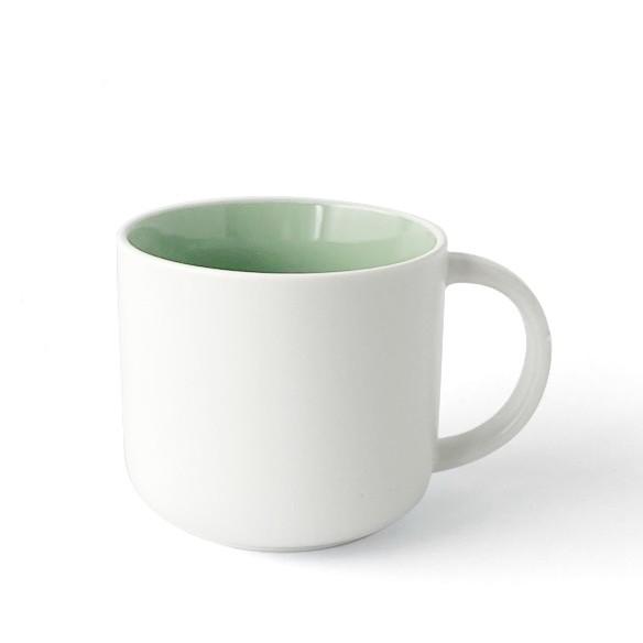 Becher, Porzellan, Innen mint grün, Außen weiß, matt
